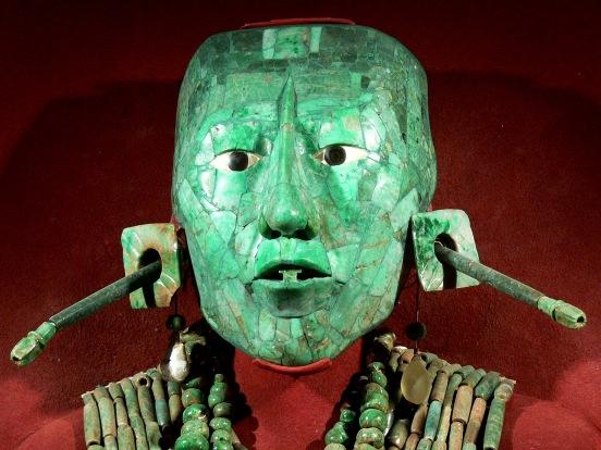 1280px-Palenque_-_Maske_des_Pakal